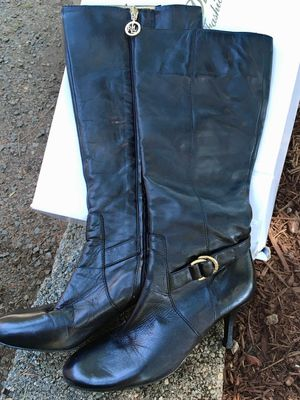 Size 7 Women's Tall Boots for Sale in Portland, OR