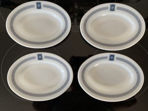 """4x Pyrex Tableware Bradford House Oval plates 9 3/8"""" by 7"""" vintage Mid Century for Sale in Milwaukee, WI"""