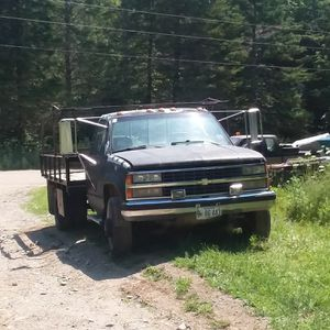 1992 Chevrolet Scottsdale for Sale in Lee, ME