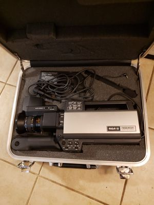 Old time camcorder ,original case and all equipment for Sale in Oklahoma City, OK