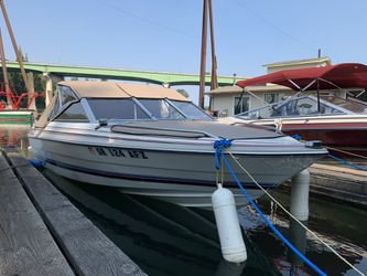Bayliner Capri, 15ft 1984 with a 85hp force. for Sale in Milwaukie,  OR