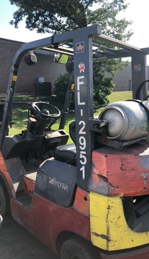Toyota forklift for Sale in Wood Dale, IL