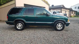 1996 chevy S-10 4x4 blazer for Sale in Snohomish, WA