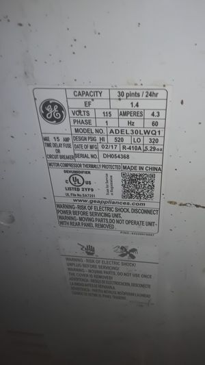 GE 30 pint dehumidifier for Sale in Carson, CA