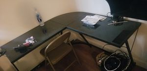 Tempered glass L shaped Desk for Sale in Sunnyvale, CA