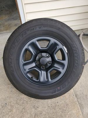 Jeep JL tires for Sale in Rumson, NJ