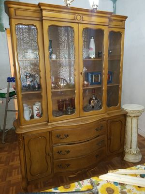 China cabinet (antique) for Sale in Dallas, TX