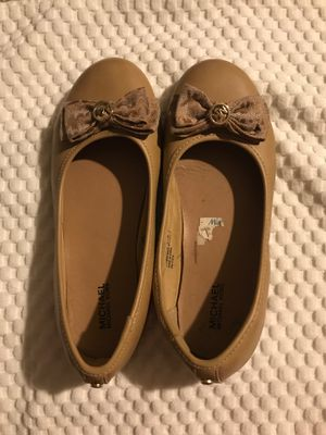 MICHAEL KORS FLATS for Sale in Commerce, CA