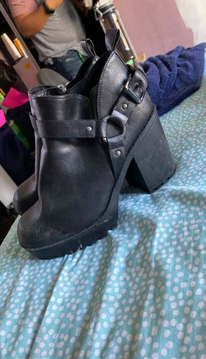 torrid chunky boots for Sale in Whittier, CA