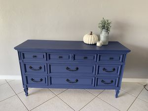 Dresser credenza buffet sideboard entryway console for Sale in North Lauderdale, FL