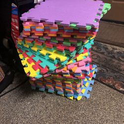 Padded Interlocking Tiles for Sale in Brush Prairie,  WA