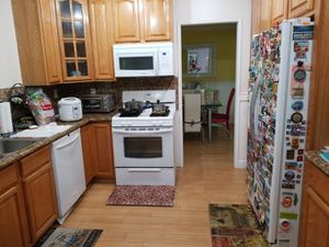 COMPLETE KITCHEN APPLIANCES, ALL WHITE for Sale in Torrance, CA