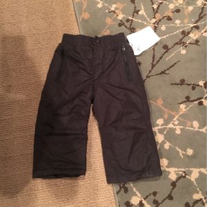 NEW Size Medium Ski Or Snow Pants for Sale in Oro Valley, AZ