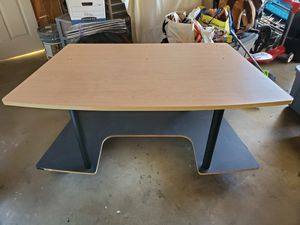 Gaming / Office Desk for Sale in Ontario, CA
