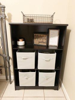 Like new shelf organizer for Sale in Hutto,  TX