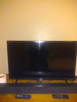 32 inch tcl Roku tv for Sale in Cherry Hills Village, CO