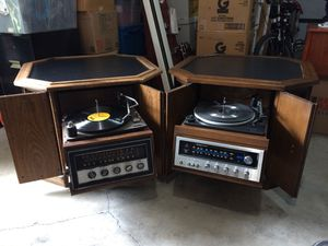 Set of 2-1970s Magnavox Stereo Receiver Record players for Sale in Spring Valley, CA