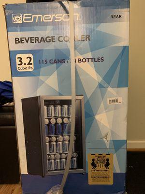 Mini fridge 3.2 cu for Sale in Derwood, MD