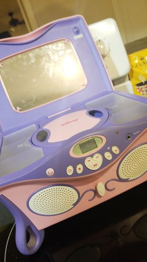 Disney princess cd player for Sale in Phoenix, AZ