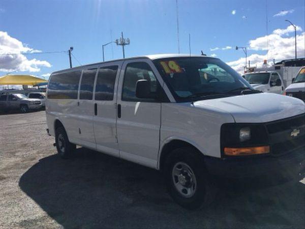 2014 Chevrolet Express 3500 Passenger