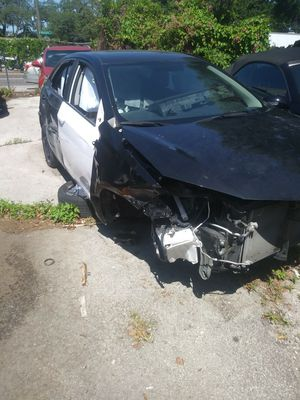 2015 toyota corolla LE for parts only for Sale in Tampa, FL