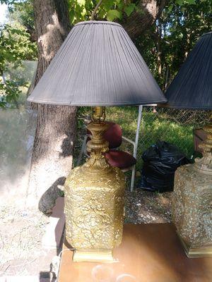 2 lamps, both working. 2 lamparas, las 2 trabajando bien. for Sale in Houston, TX