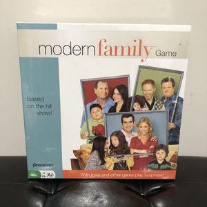 Modern Family Board Game for Sale in Snellville, GA