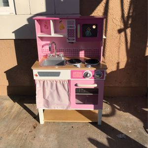 Pink Play Kitchen For Kids for Sale in San Diego, CA