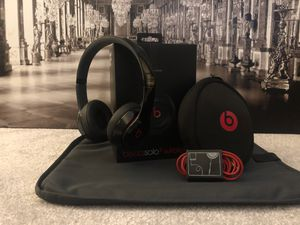 Beats Solo 2 Wireless (Used) - Black & Red for Sale in Detroit, MI