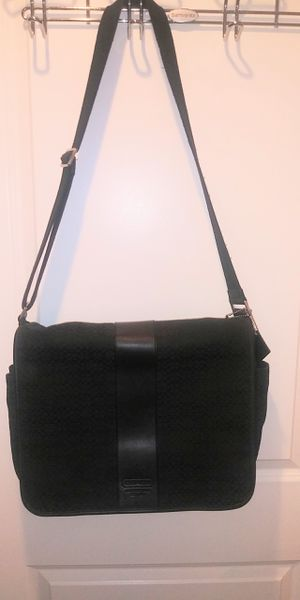 DESIGNER Authentic BAGS some with matching wallets from $50 to $150 some NEW some used once for Sale in Rockville, MD