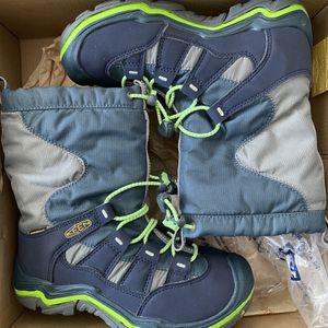 Keen waterproof Kids Boots Size 2 for Sale in Irvine, CA