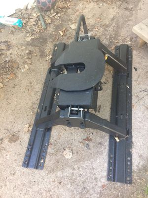 5th wheel hitch for Sale in Appleton, WI