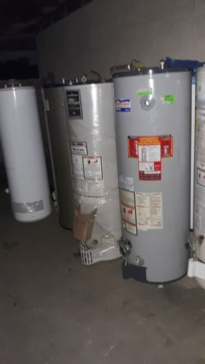 Water heater American pro line 40 galons gas for Sale in Bloomington, CA