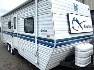 2000 Komfort 25TBS for Sale in Grand Rapids, MI