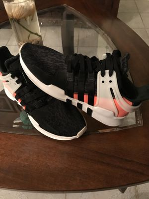 Adidas equip size 9 men's for Sale in West Chicago, IL