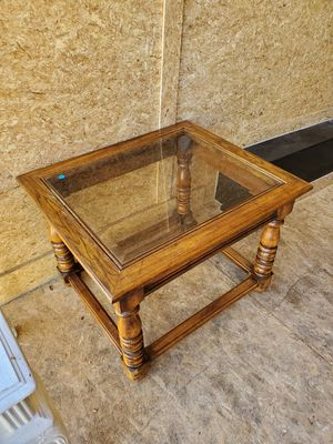 Antique end table for Sale in GLMN HOT SPGS, CA