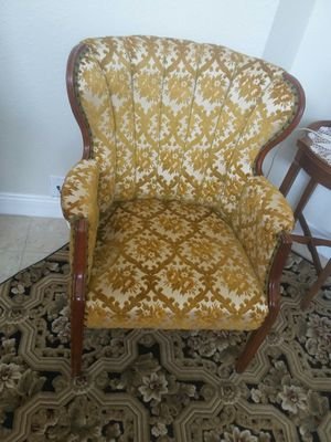 ANTIQUE 1930's Ocassional Chair A+ CONDITION for Sale in Punta Gorda, FL