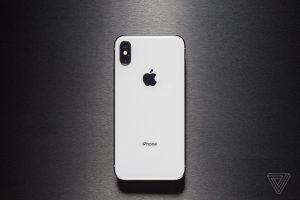 iPhone X (256gb) Comes With Charger and 1 Month Warranty for Sale in Springfield, VA