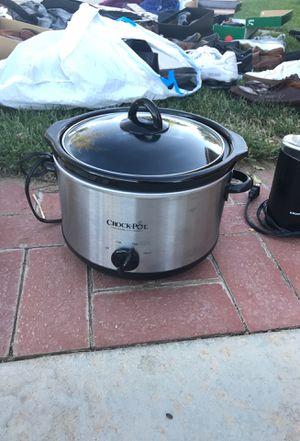 Crock pot for Sale in Palmdale, CA
