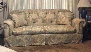 Matching couch and chairs for Sale in Fresno, CA