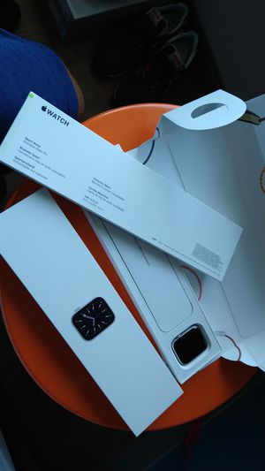 Brand new 6 series Apple watch for Sale in Orlando, FL