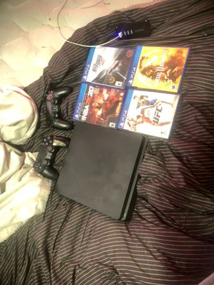 Ps4 + 2k20 + more for Sale in Oelwein, IA