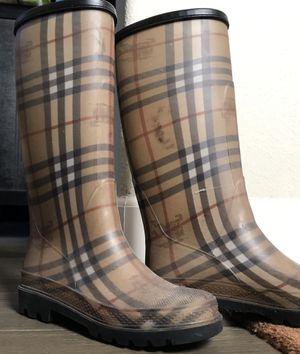Women's Burberry rain boots for Sale in Colma, CA