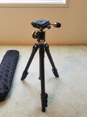 DSLR Travel Tripod, Portable Lightweight Camera SLR Ball Tripods with 1/4 Plate,Bubble Fluid Level,Handle and Bag travel 360 degree for Sale in Compton, CA