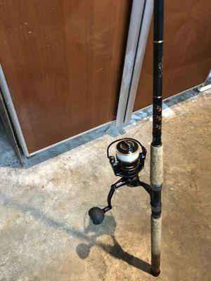 "Mint Penn clash 5000 on 7'6"" star rod for Sale in Plantation, FL"