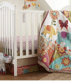 Baby girl Elephant crib bedding set for Sale in Jersey City, NJ