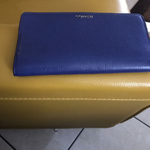 New Coach Wallet (authentic) for Sale in Brandon, FL