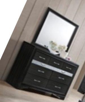 comoda dresser for Sale in Coral Gables, FL