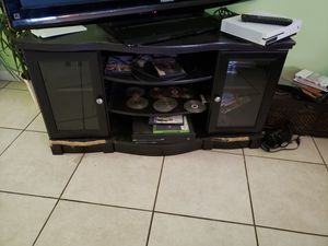 Free tv stand for Sale in Fort Myers, FL