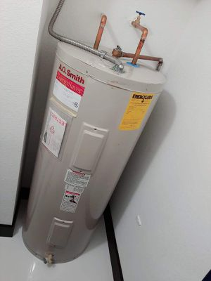A.O Smith water heater ELECTRIC,60 gallons for Sale in Miami, FL